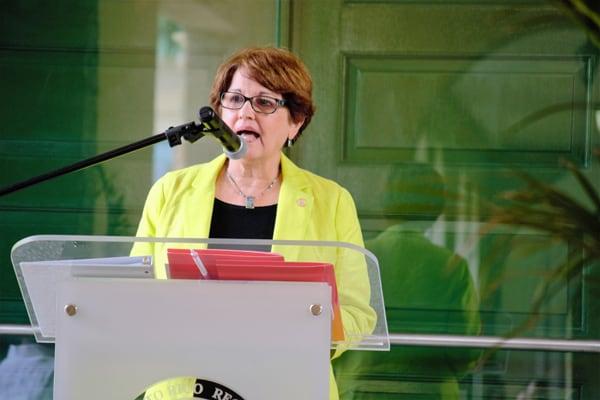 UPR-RP: Decana de humanidades recomendada como rectora interina