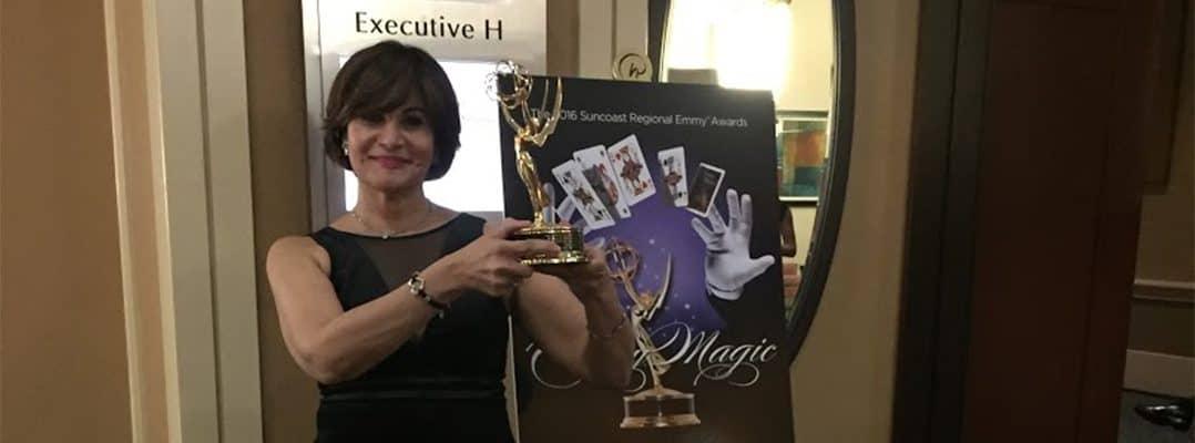 Profesora Libia González gana Emmy por documental Mas allá del mar: Migrantes