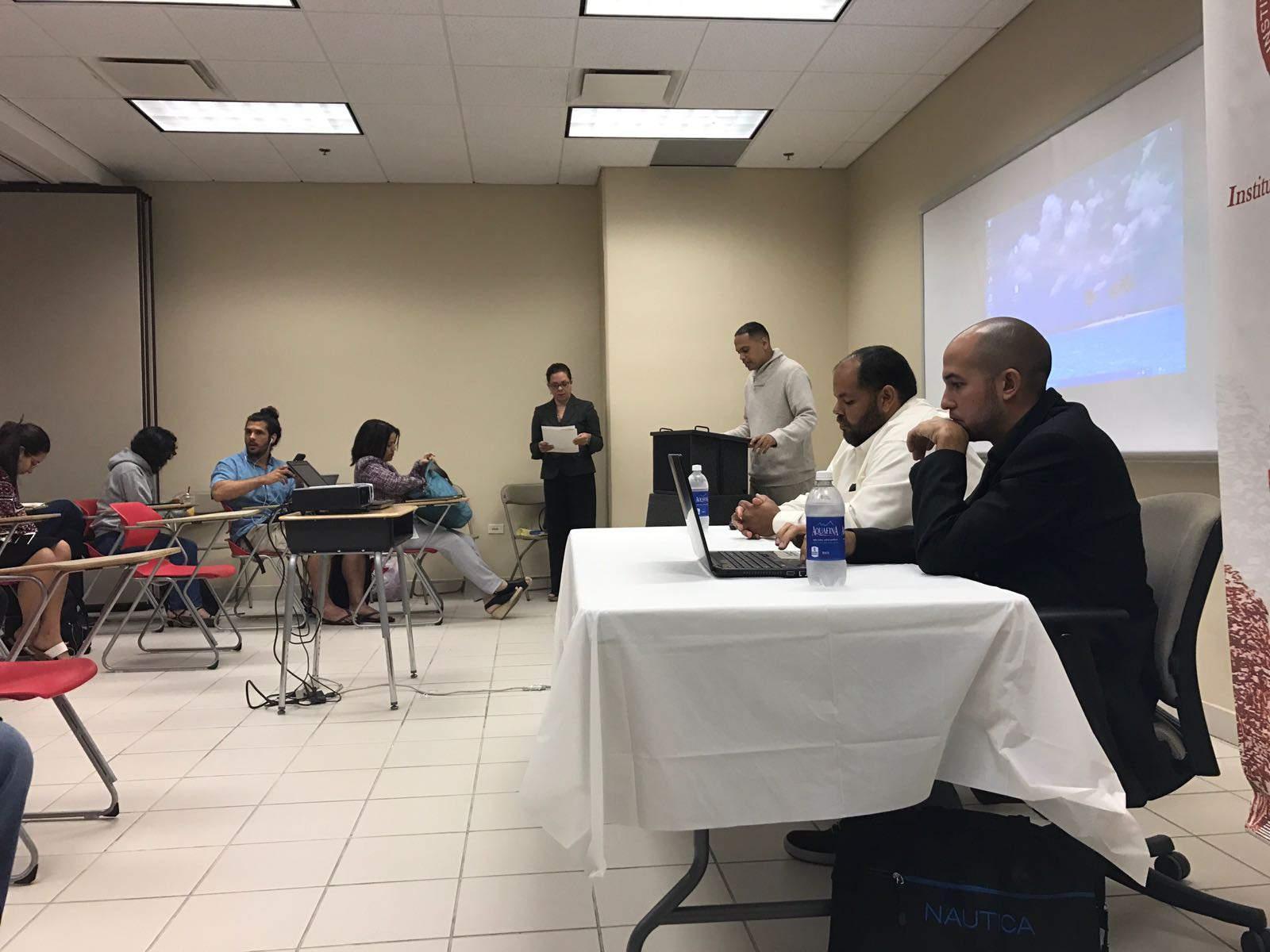 Discuten aumento del salario mínimo de la Isla en la UPR