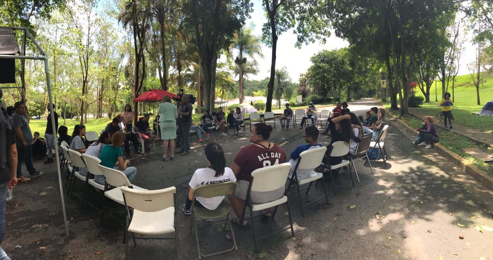 Continúa en huelga la UPR de Utuado