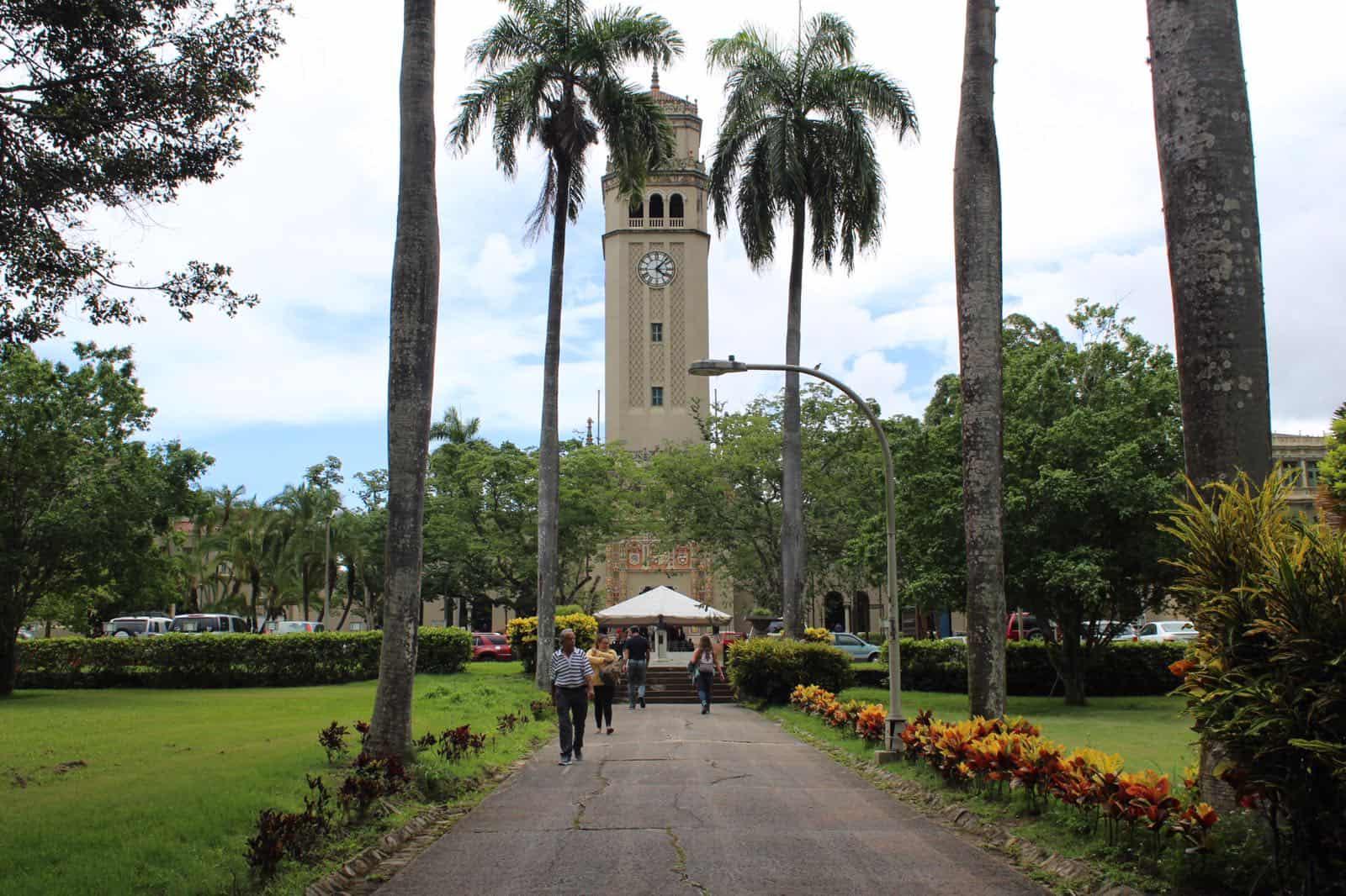 A entrevista el miércoles los nominados a presidencia interina UPR
