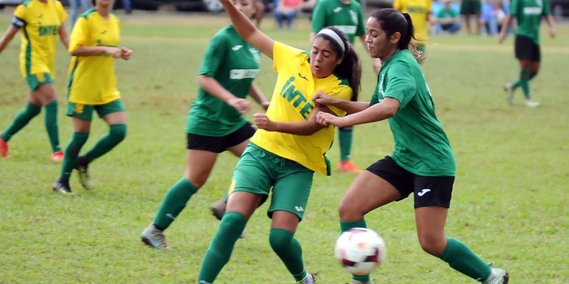 En la recta final la temporada de fútbol y softbol femenino de la LAI