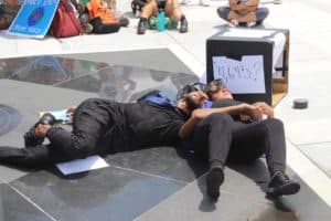 Jóvenes protestan contra la inacción hacia el cambio climático